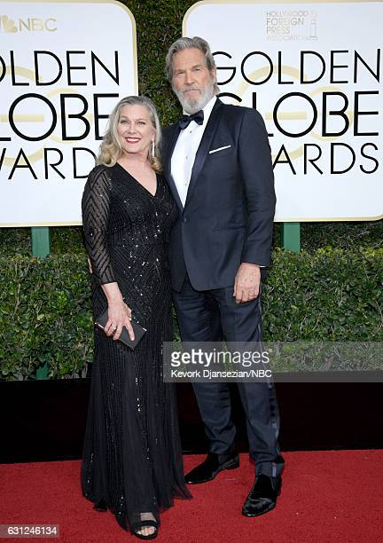 74th ANNUAL GOLDEN GLOBE AWARDS Pictured Susan Geston and actor Jeff Bridges arrive to the 74th Annual Golden Globe Awards held at the Beverly Hilton...