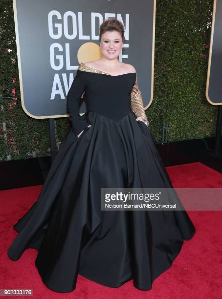 75th ANNUAL GOLDEN GLOBE AWARDS Pictured Recording artist Kelly Clarkson arrives to the 75th Annual Golden Globe Awards held at the Beverly Hilton...