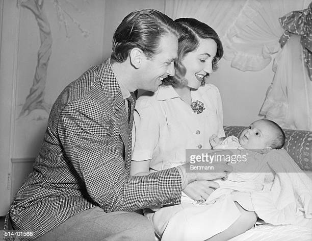 Douglas Fairbanks Jr. With wife, Mary Lee, and daughter Daphne in their home in Westbridge.