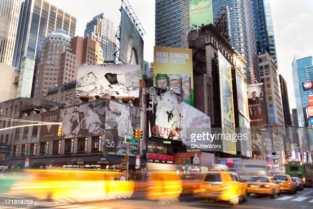 7th avenue nyc - 7th avenue stock pictures, royalty-free photos & images