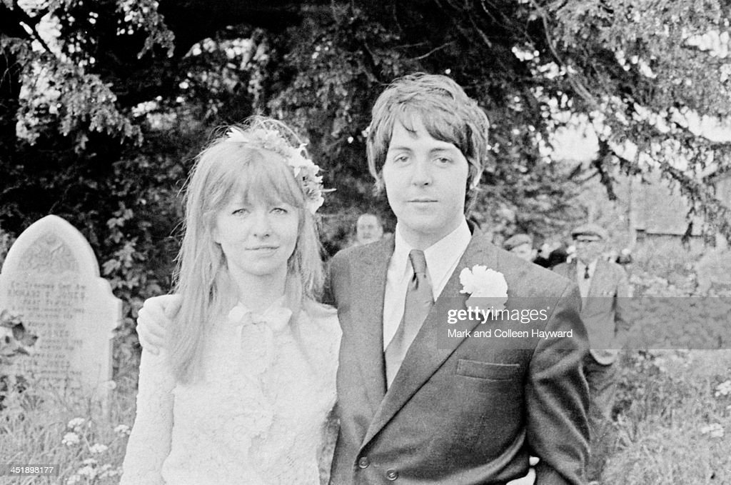Paul McCartney As Best Man : News Photo