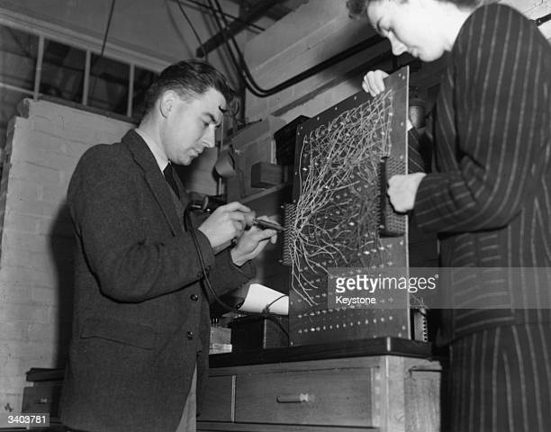 A utility model of the ENIAC currently being built at Welwyn Garden City by Dr Andrew Donald Booth ENIAC was hailed as the world's first programmable...