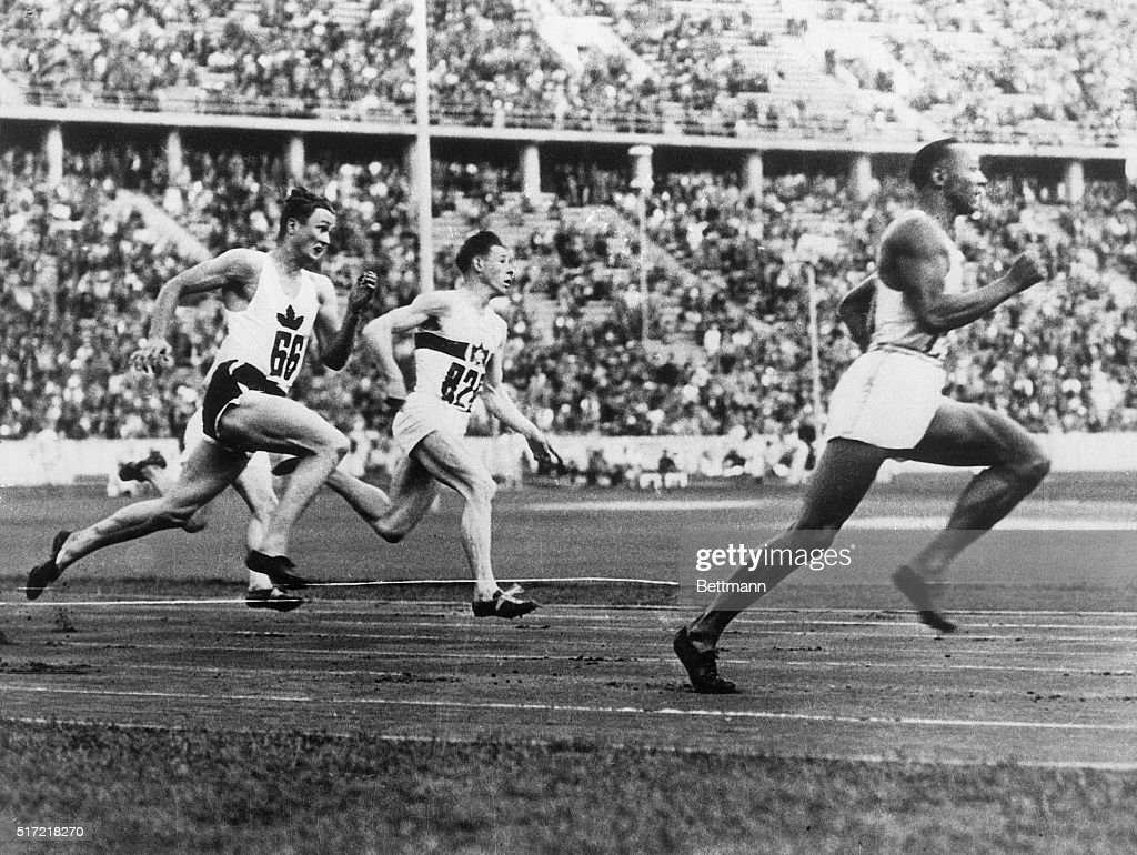 Jesse Owens Stock Photos and Pictures | Getty Images