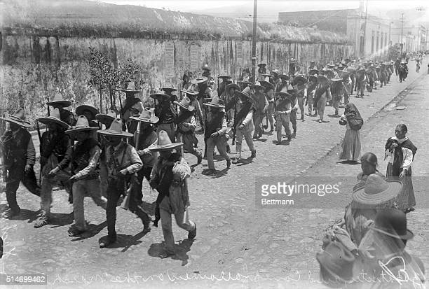 Mexican rebels on the March owards Xochamilco