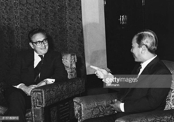 8/17/1972Saigon South Vietnam South Vietnamese President Nguyen Van Thieu makes a point during a meeting with US presidential advisor Henry Kissinger...