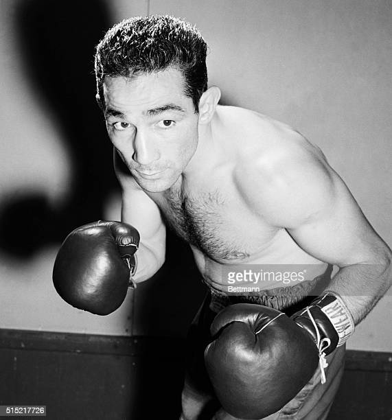 8/21/1950Hartford CT Willie Pep the world's featherweight champion is making sure that he won't lose his crown when he tangles with Sandy Saddler at...