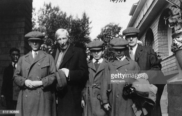 8/4/21Roscoe New York An unusual photo of the Rockefeller family is this one made at Roscoe NY where the Rockefellers unusually spend part of the...