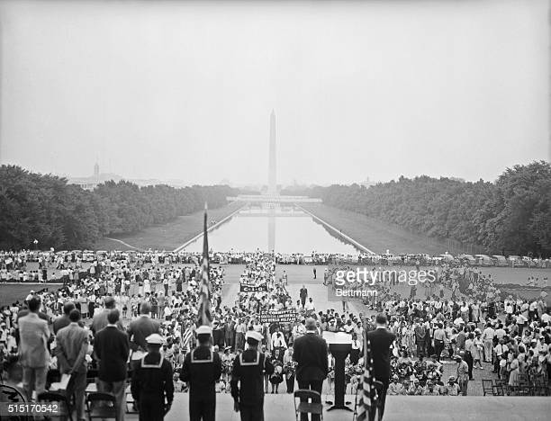 8/5/46Washington DC Members of 50 Washington Negro organizations veterans' groups and unions marched to the Lincoln Memorial in Washington August 5...