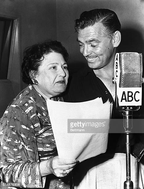 8/7/1947Hollywood CA Appearing as guest star of movie columnist Louella Parsons over ABC film actor Clark Gable named his choices of the five most...