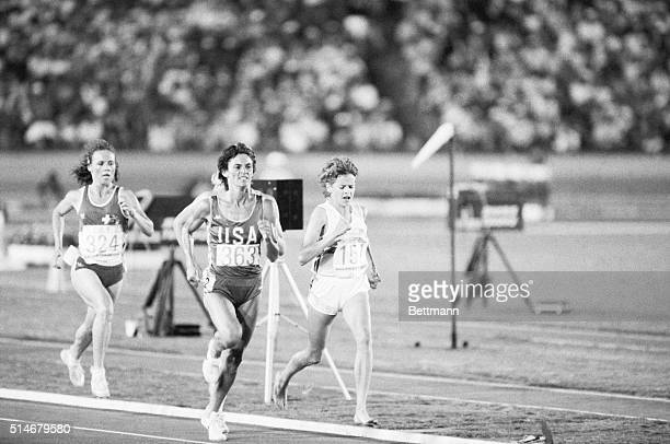 Los Angeles: In action during running of Women's 3000-meter heat 8/8 are Cindy Bremser, Madison, Wisc. , Zola Budd, Great Britain and Cornelia...