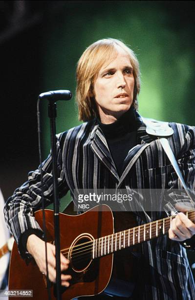 LETTERMAN '8th Anniversary Special' Episode 1225 Pictured Musical guest Tom Petty performs on February 1 1990