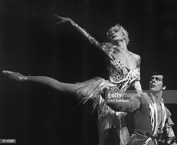 Svetlana Beriosova and Donald MacLeary as fairy and bridegroom in Stravinsky's 'Le Baiser de la Fee' at Covent Garden