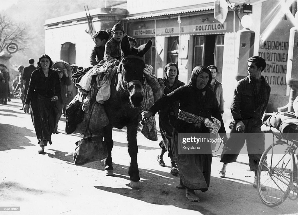 Spanish Civil War : News Photo