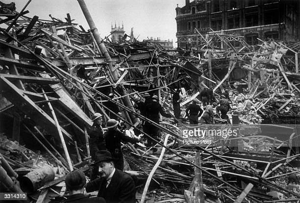 Farringdon Market in London after a direct hit from a V2 rocket Original Publication Picture Post 1967 Bomb Damage pub 1948