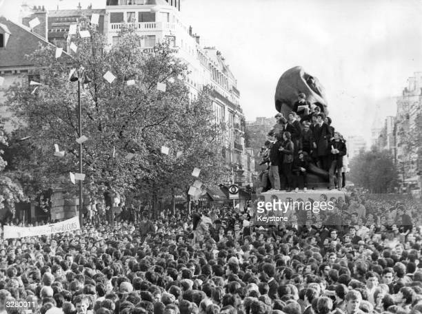 Students at the Place DenfertRochereau Paris at the start of their demonstration The crowd numbered 15000