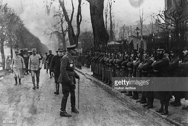 General Haig inspecting the French troops in Paris