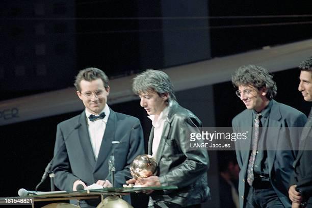 8th Victoire De La Musique 1993 At The Palais Des Congres In Paris, Presented By Nagui And Jean Luc Delarue. Le 8 février 1993 - Cérémonie de remise...