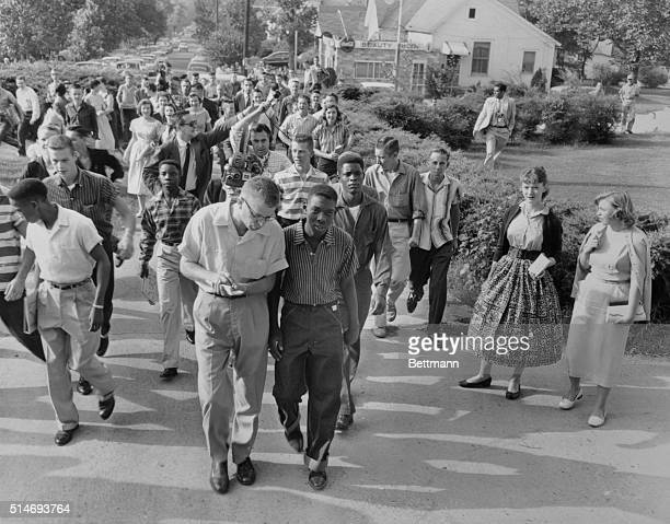 9/10/1957North Little Rock AR Four negro students ignore taunts of white students and adults as they attempted to enter North Little Rock High School...