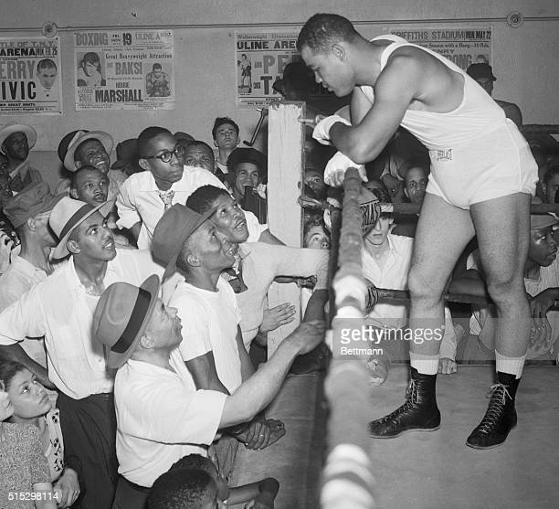 Washington, D.C.- Joe Louis, who yesterday announced that he had changed his mind about retiring and would defend his world's heavyweight...