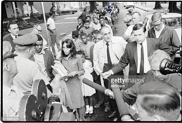 9/19/1966Grenada MS Leading a group of Negro children to a newlyintegrated school early Sept 19 folk singer Joan Baez is stopped by a Mississippi...