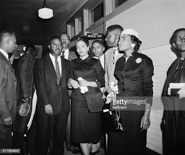9/21/1958New York NY Martin Luther King's wife Corretta and visitors at Harlem Hospital