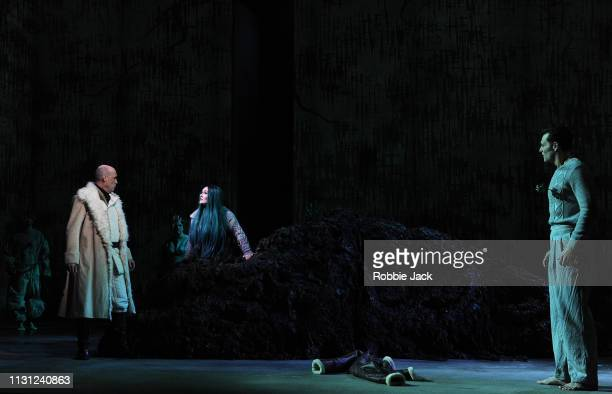 Graeme Broadbent as OdinMarta FontanalsSimmons as Hel and Dan Shelvey as Baldr with artists of the company inThe Royal Opera's production of...