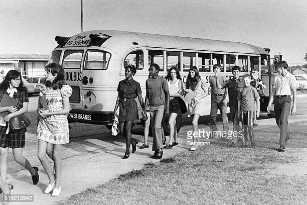 Columbus, GA- Some of the estimated 10-14,000 pupils arrived at school 9/7 morning on Musogee County school buses. The schools are open under a...
