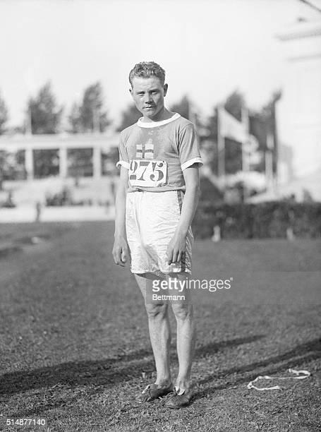 Antwerp: Olympic Games. Closeup of Pavo Nirmi 000-meter runner.
