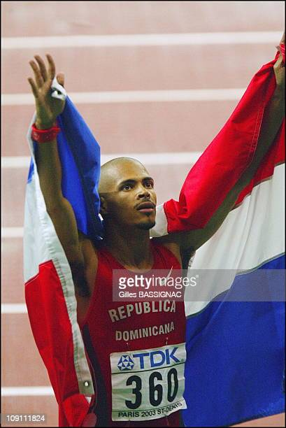 9Th Athletics World Championship In St Denis On August 29 2003 In Paris France Felix Sanchez Of The Dominican Republic Celebrates After Winning The...