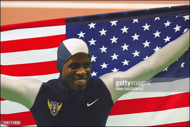 9Th Athletics World Championship In St Denis On August 29 2003 In Paris France Dwight Phillips Of The Usa Celebrates His Victory In The Men'S Long...