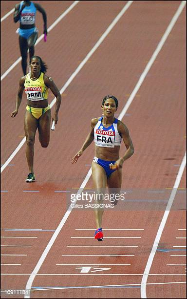 9Th Athletics World Championship In St Denis On August 29 2003 In Paris France Christine Arron In Women'S 4X100 Meters Semi Final