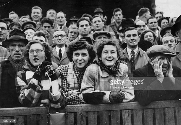 Bristol Rovers FC football supporters Original Publication Picture Post 6864 Bristol Rovers No Buy No Sale pub 1954