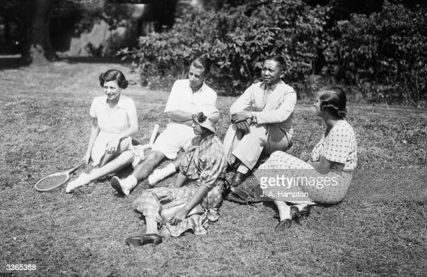 Actress Phyllis Konstam her husband tennis player Bunny Austin Mme Subha Svasti Major Subha Svasti and Joan Buckmaster at the residence of Sir Arthur...