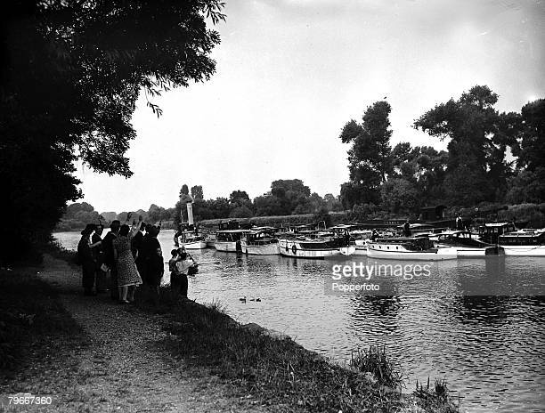 9th June 1940 Some of the little boats passing up the Thames on their return after working to evacuate British troops at Dunkirk
