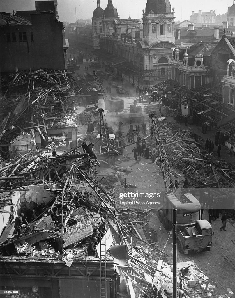 Farringdon St Market, London the day after a V-2 rocket landed killing 380 people.