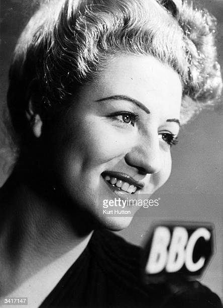 British singer Anne Shelton who is heard in many BBC home and overseas radio programmes Original Publication Picture Post 1992 Girls of the Victory...