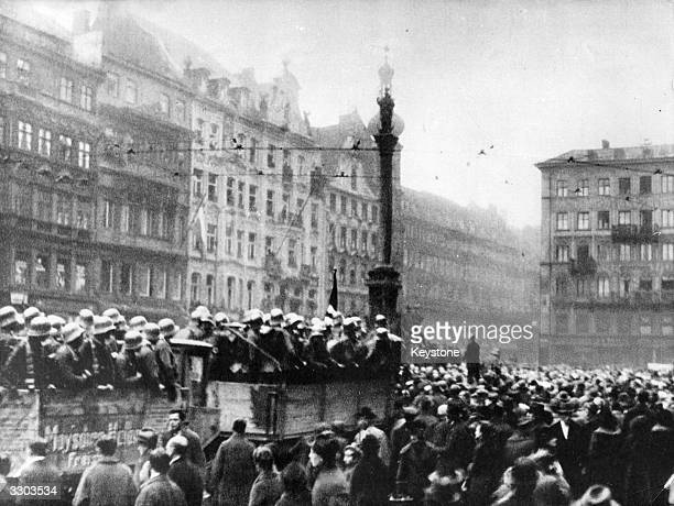 Storm troopers in Marienplatz Munich during the Putsch