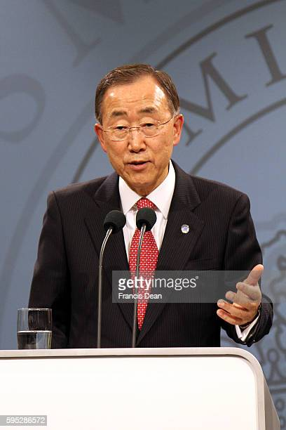 _Danish prime minister Ms.Helle Thorning-Schmidt and united national general secretary Ban Ki Moon hold joint press confernce at Mirror Hall at Prime...