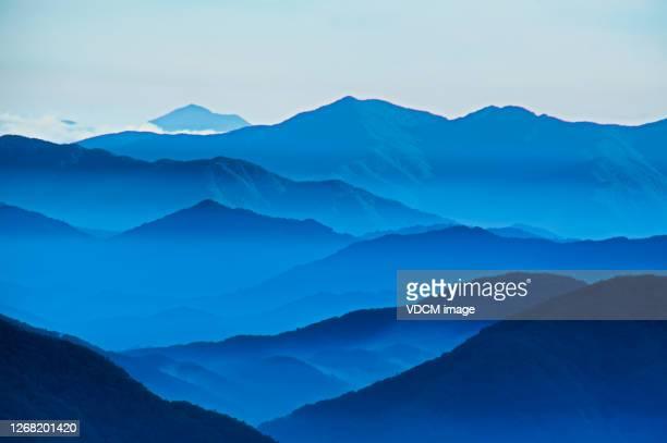 a beautiful mountain ridge vd702 - south korea stock pictures, royalty-free photos & images