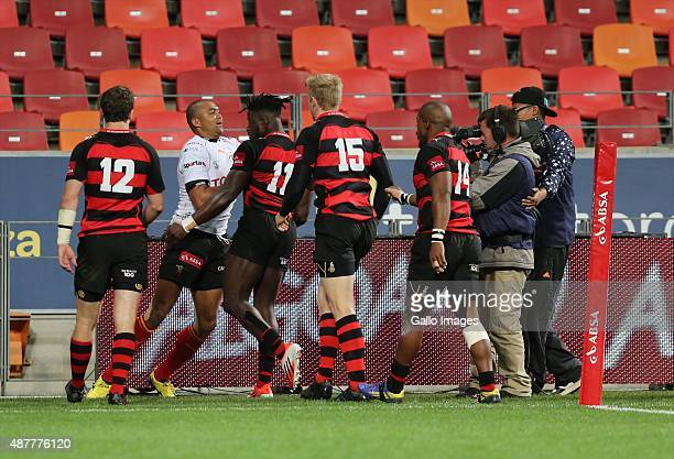 a brief fracas between Cornal Hendricks of Toyota Free State and Luther Obi of Eastern Province Kings during the Absa Currie Cup match between EP...