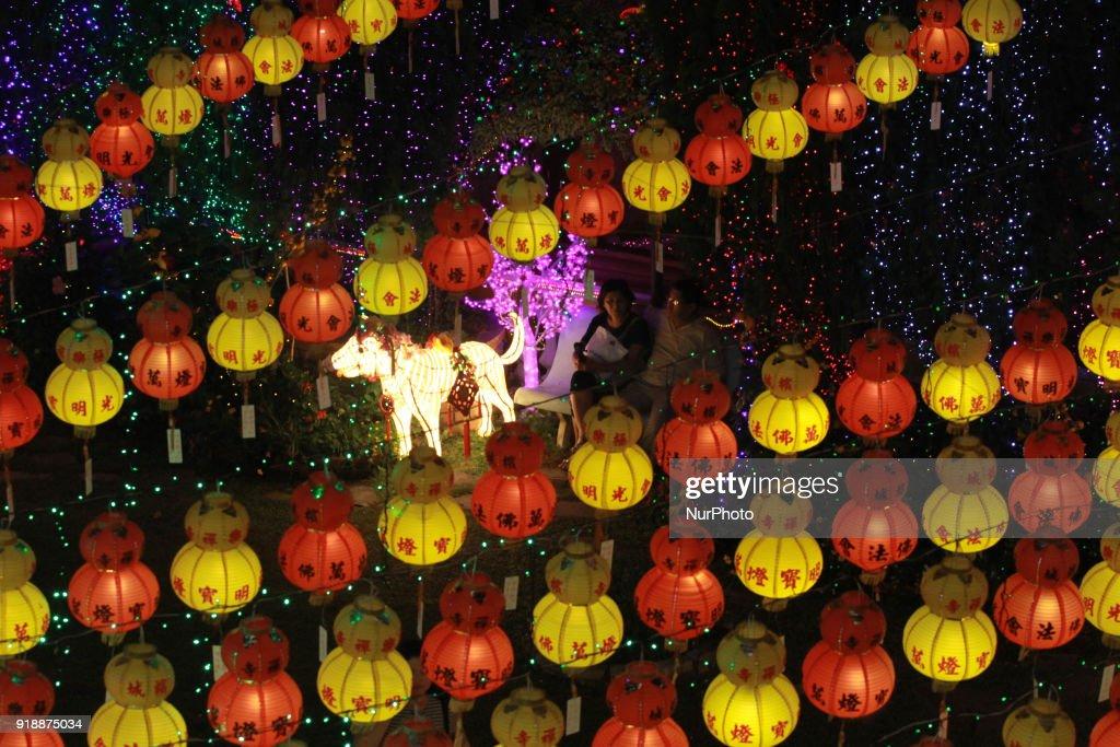 A Couple Enjoying Lantern And Light Decoration At Kek Lok Si Temple News Photo Getty Images