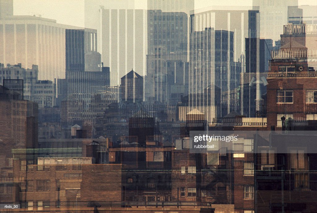 a creative look at a cityscape : Stockfoto