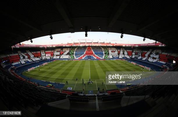 255 670 Psg Stadium Photos And Premium High Res Pictures Getty Images