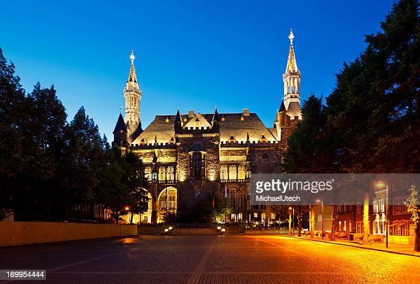 Aachen Rathaus bei Nacht