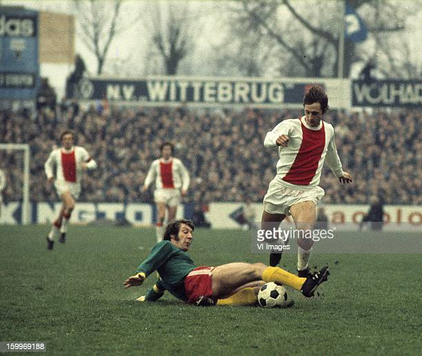 Aad Mansveld of FC Den Haag Johan Cruijff of Ajax during the match between FC Den Haag and Ajax Amsterdam on January 2 1972 at The Hague Netherlands
