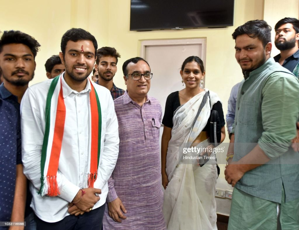 Aakash Chaudhary, NSUI candidate, who won Secretary post in the Delhi University Students Union (DUSU) elections, with Congress leader Ajay Maken and Ruchi Gupta, Joint Secretary, In-charge of NSUI, during a press conference on the outcome and result in Delhi University Students Union (DUSU) elections at AICC office, Akbar Road, on September 14, 2018 in New Delhi, India.