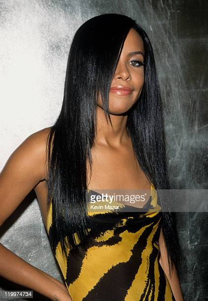 Aaliyah attends the MTV Video Music Awards at Radio City Music Hall on September 7 2000 in New York City