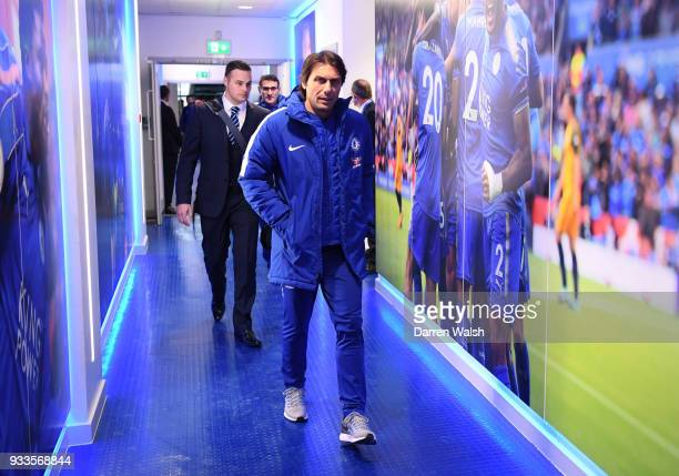 AAntonio Conte manager of Chelsea arrives prior to The Emirates FA Cup Quarter Final match between Leicester City and Chelsea at The King Power...