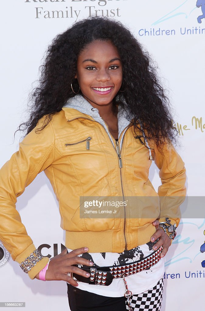 Aanysa attends the Children Uniting Nations' Day of The Child Fundraiser held at the Santa Monica Pier on November 18, 2012 in Santa Monica, California.