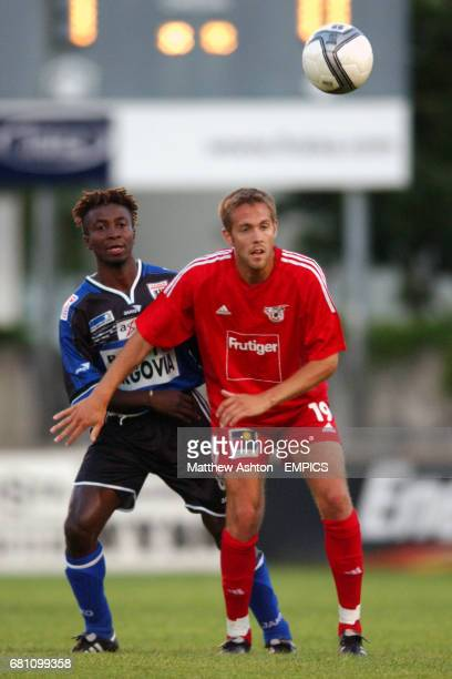 FC Aarau Charls Wittl and FC Thun Silvan Aegerter battle for the ball